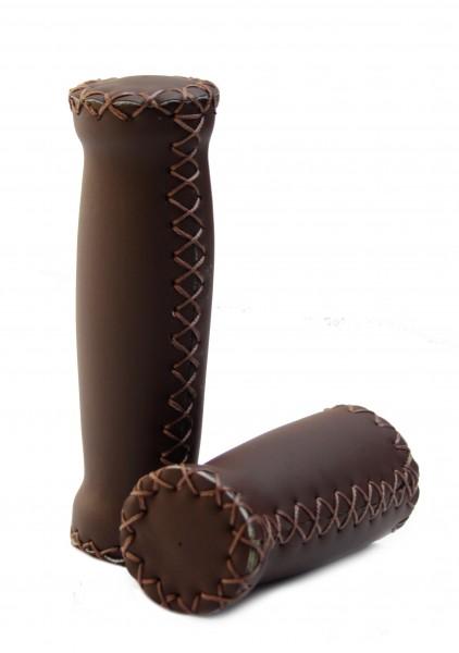 Puños de cuero (cuero artificial) en marrón oscuro con costuras exteriores, corto y largo