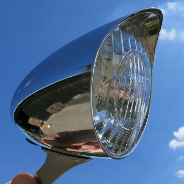 Lámpara delantera Classic Cycle LED para dinamo 6V de 90 mm cromada con protección solar
